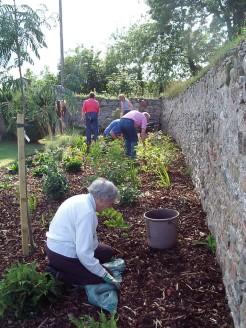 05-Gardening_parties